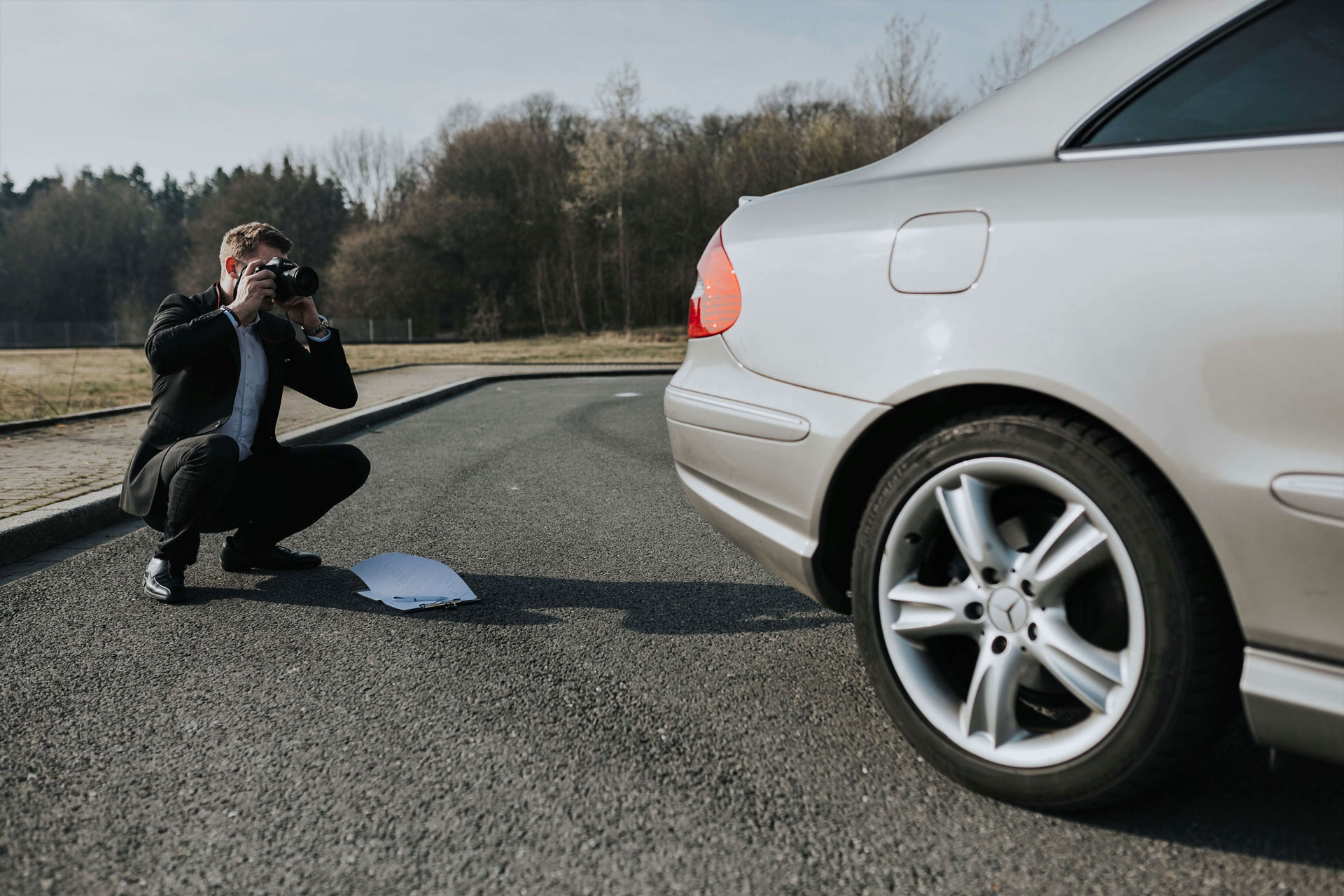 Schadensgutachten am Fahrzeug - Schadengutachten